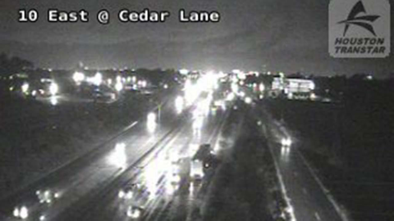 Accident on I-10 E inbound at Cedar Ln, only one lane getting by.  Roads are slick in the area