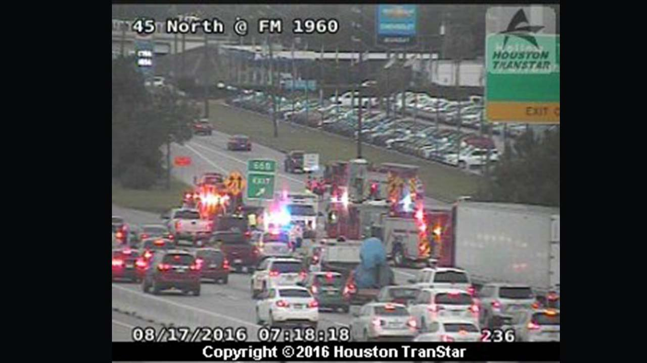 North fwy at fm 1960 jammed by major accident abc13 com
