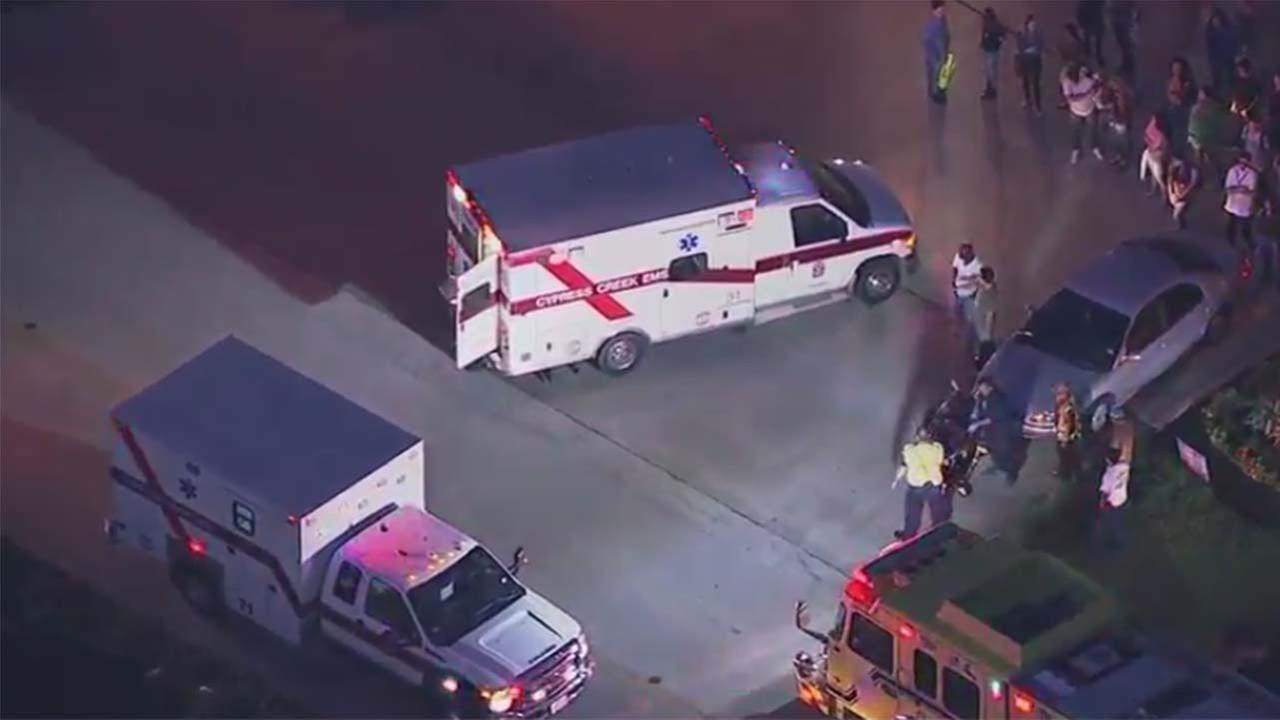 Three high school students struck by vehicle  in N. Harris Co.