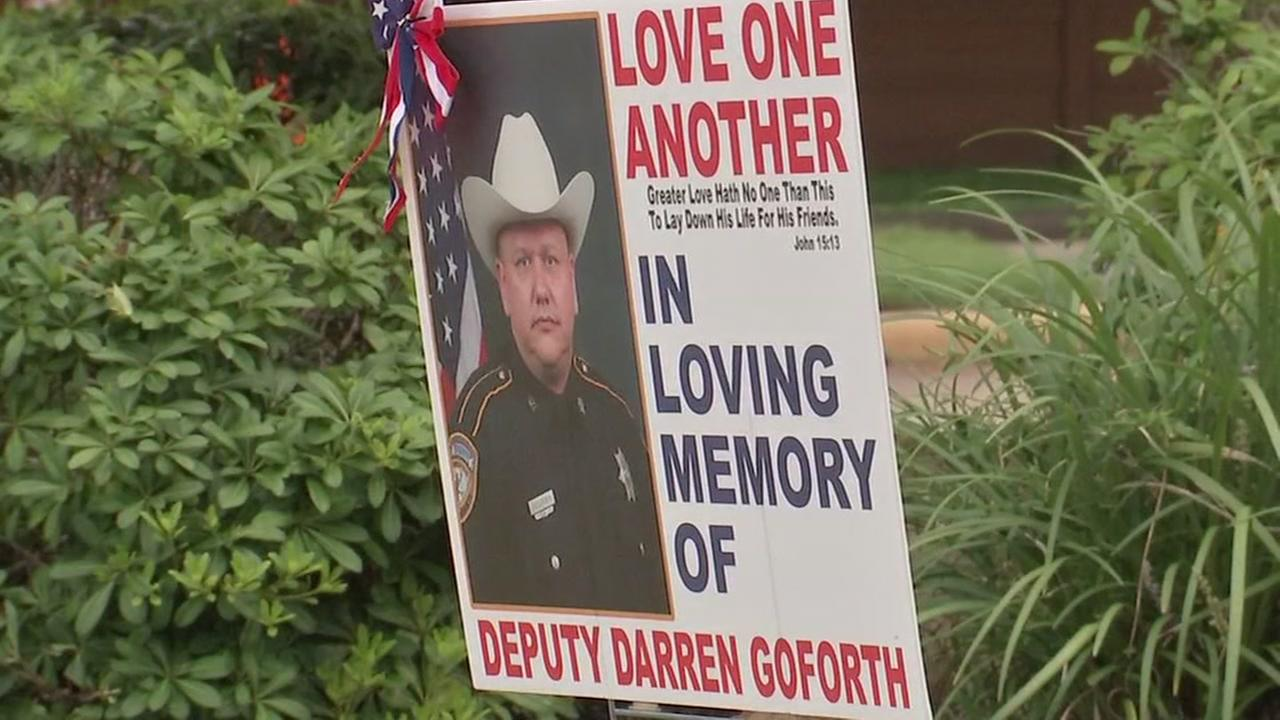 One year after deputys murder, motive remains allusive