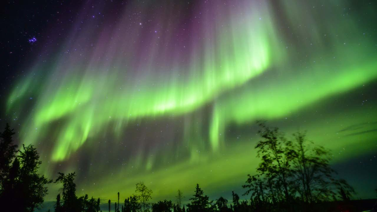 Finnish hotel is looking for Northern Lights spotter