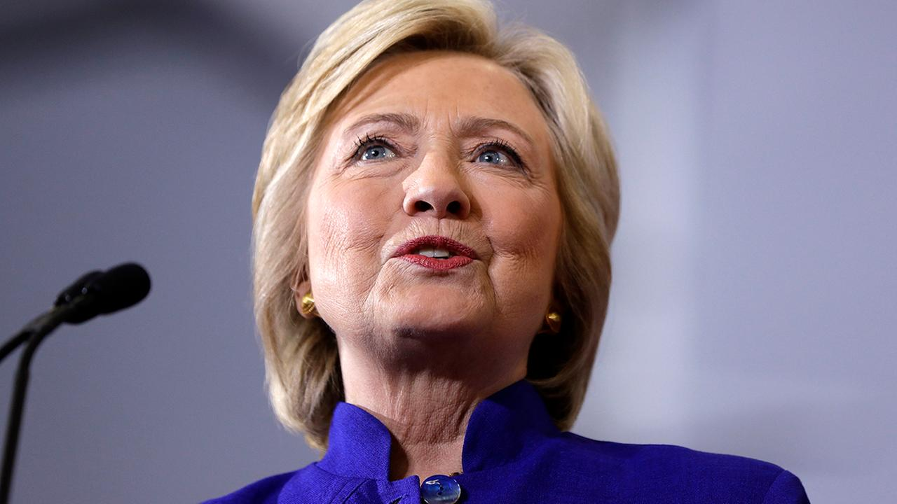 Clinton calls on Charlotte Police to release shooting video