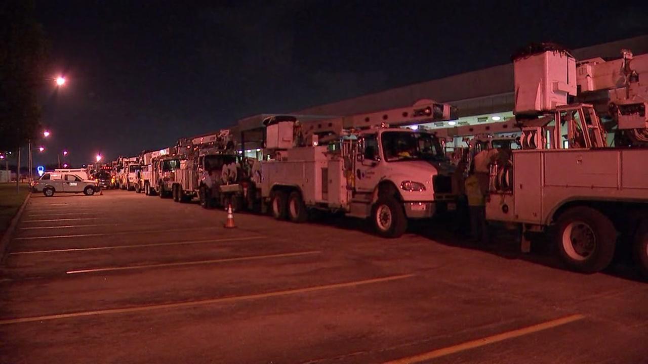Centerpoint Energy trucks