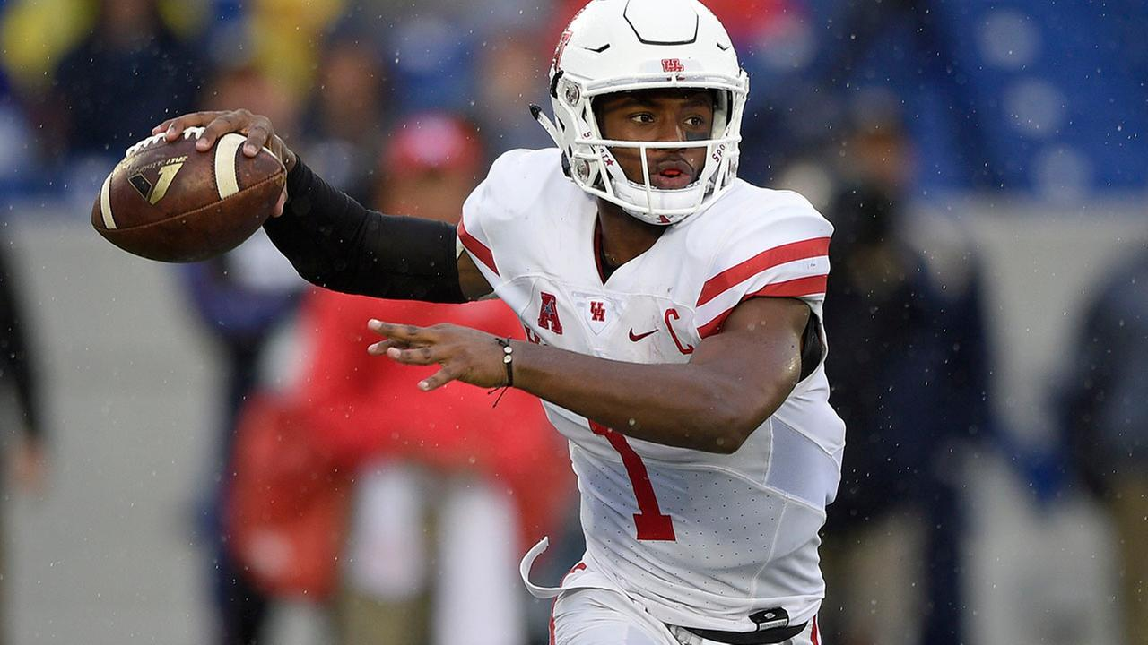 AP Top 25: UH slips to 13; Texas A&M takes the 6 spot