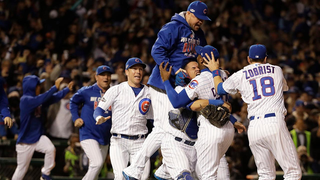 Cubs beat Dodgers to reach first World Series since 1945
