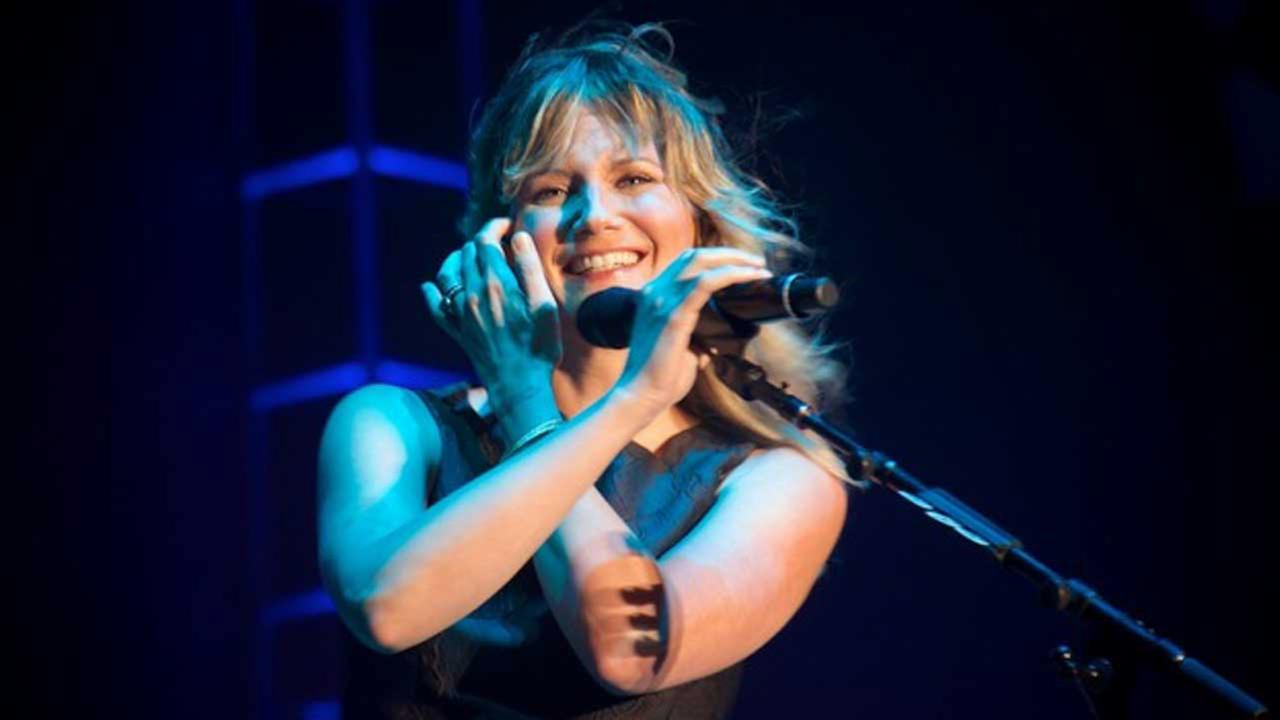 Jennifer Nettles performs at Freedom Over Texas