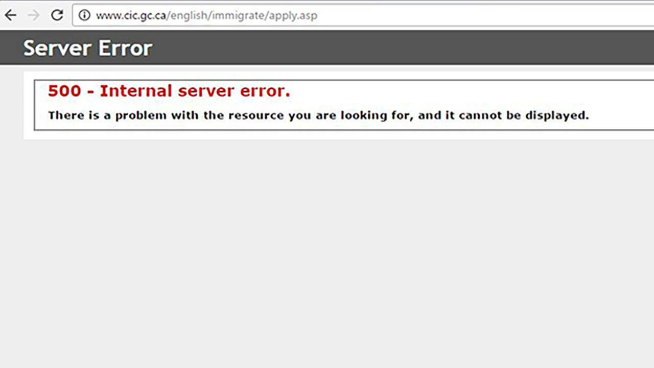 Canadas immigration website crashes