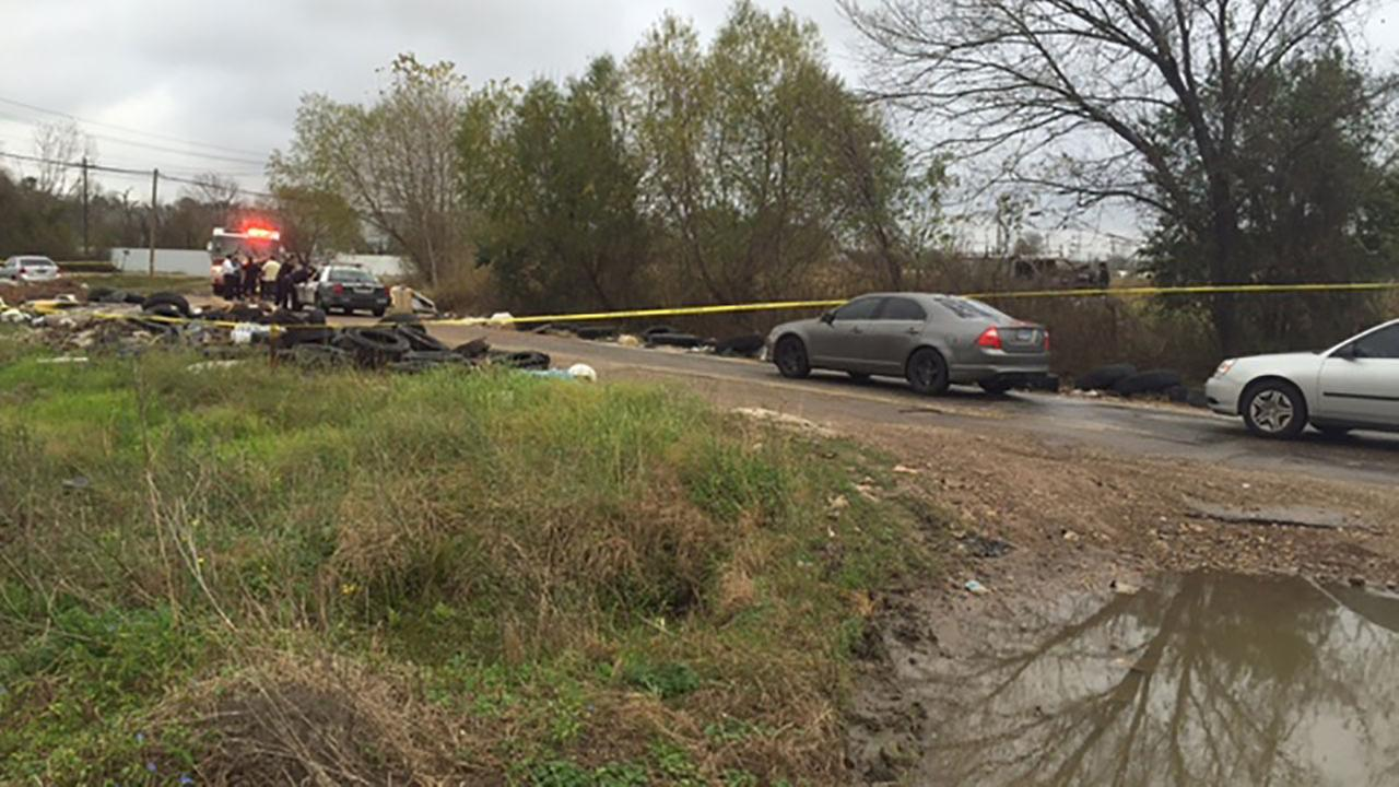 Police investigating dead body found in burned van in east Houston