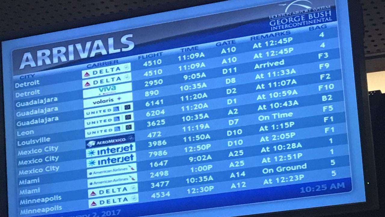 Storms delay flights from Houston airports