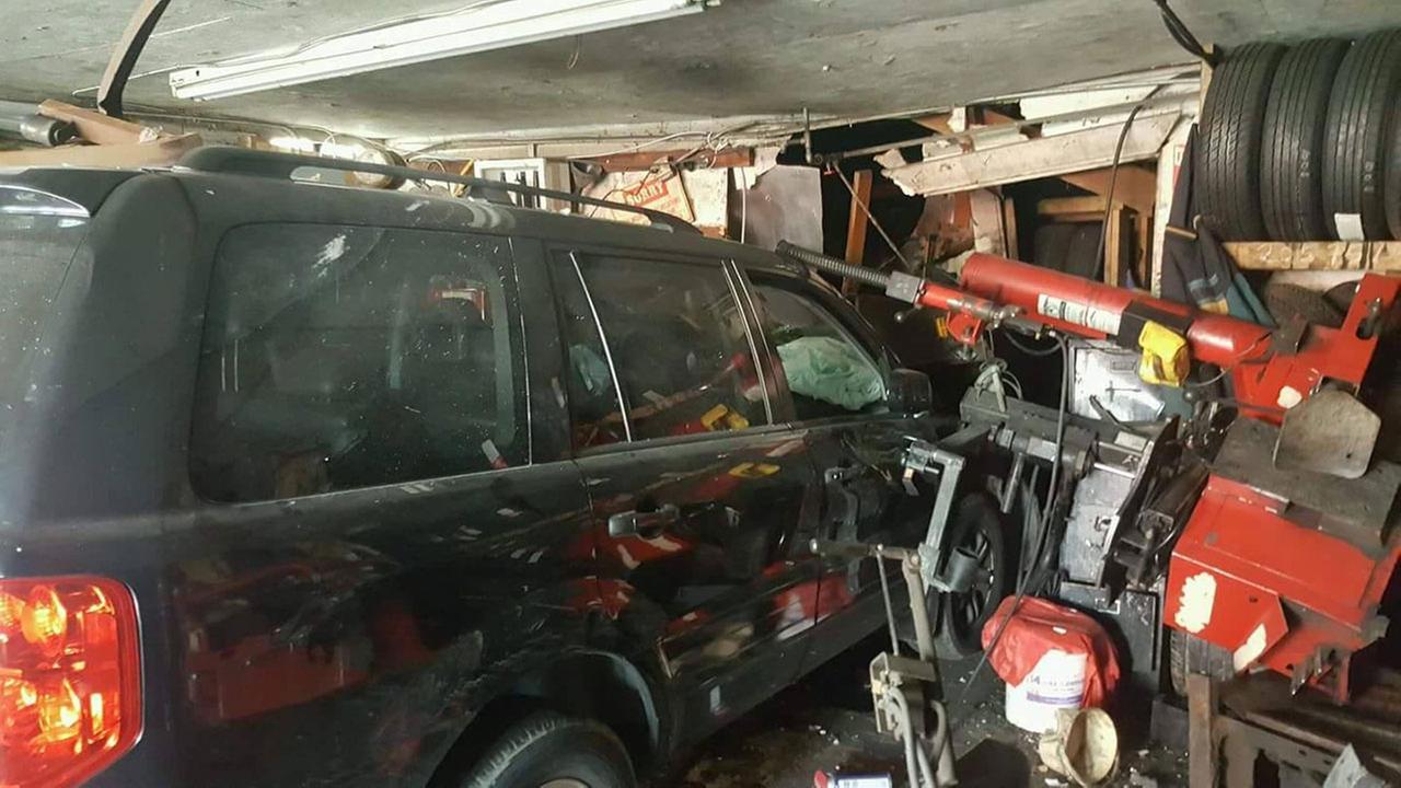 SUV slams into Conroe tire shop