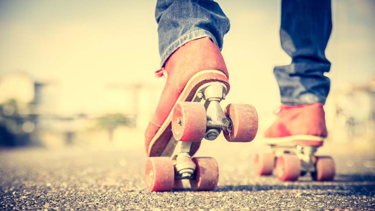 Houstons first outdoor roller rink opens in March.
