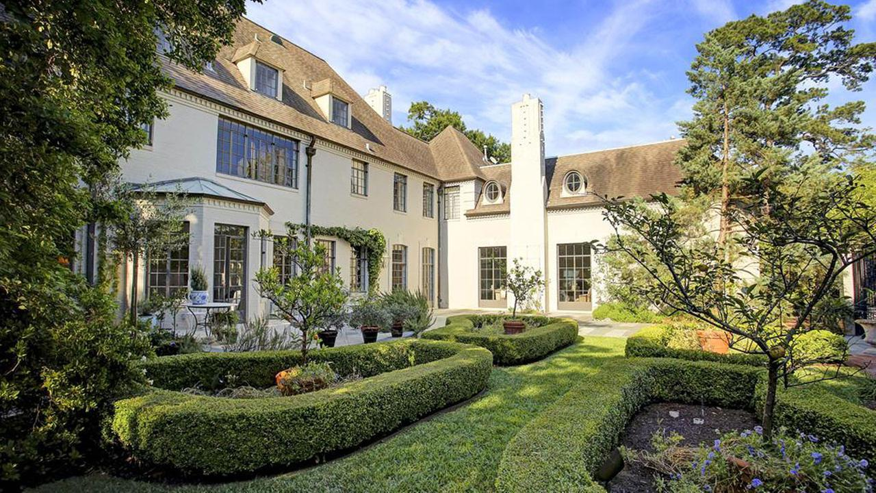 This magnificent Country French home on Del Monte at River Oaks Boulevard sold for approximately $7 million. Houston Association of Realtors