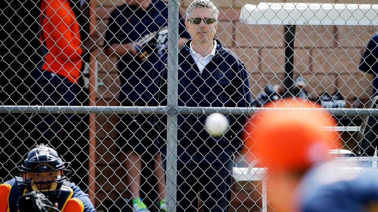 AJ Hinch: STL punished with picks, fine for Astros hack