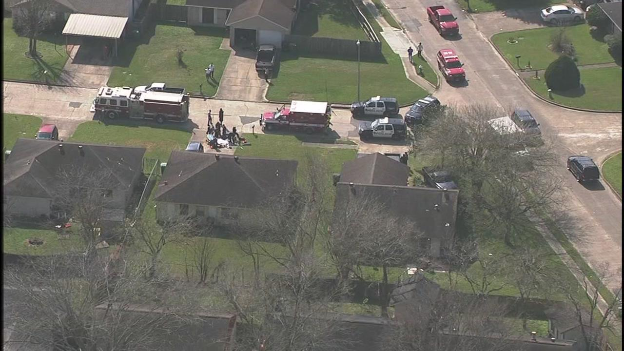 One killed in midday shooting in SW Houston