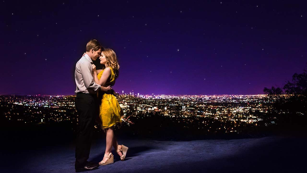 La La Land engagement photos are as romantic as the movie
