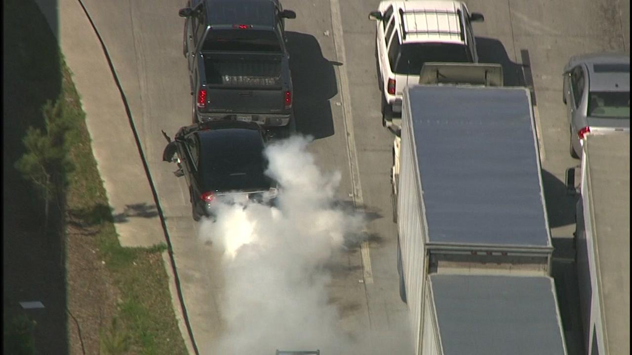 Police chase bank robbery suspects near the Heights