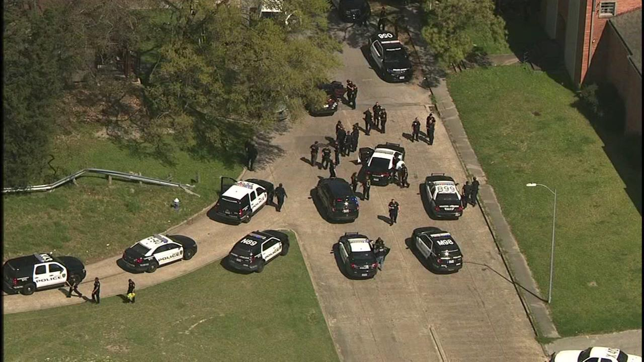 High speed chase ends near Heights
