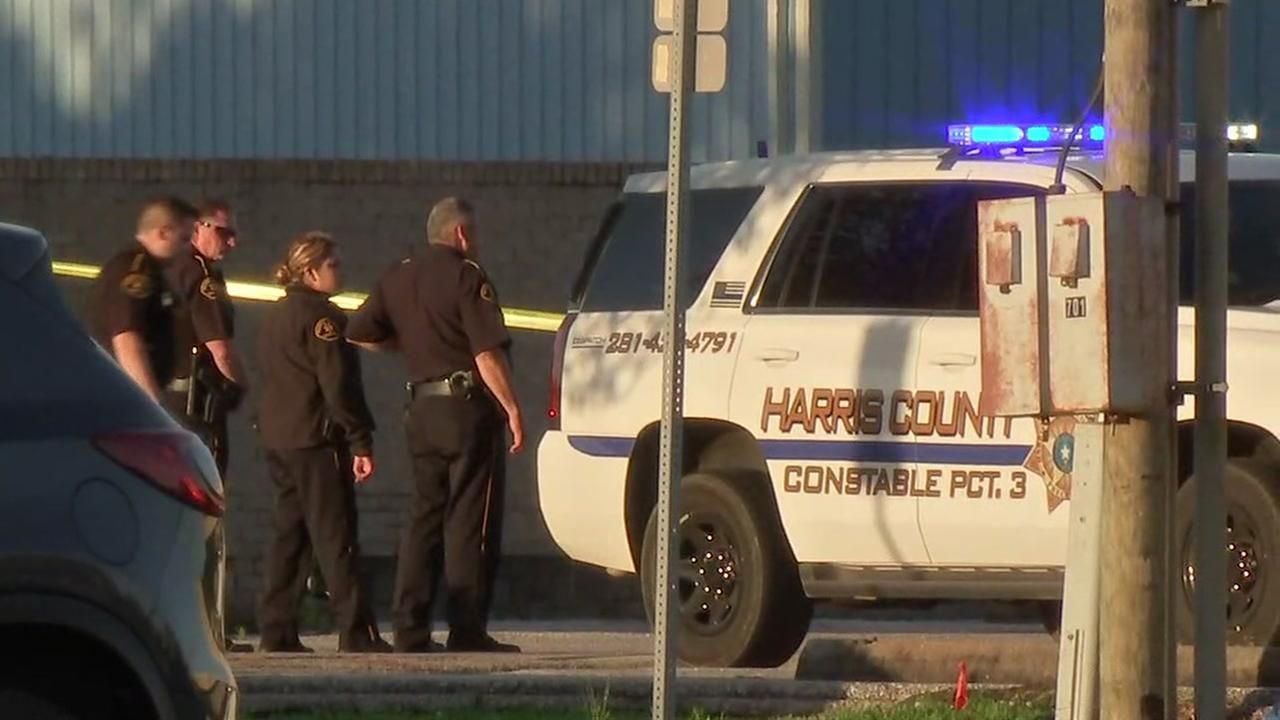 Deputy Constable Shot At Courthouse: