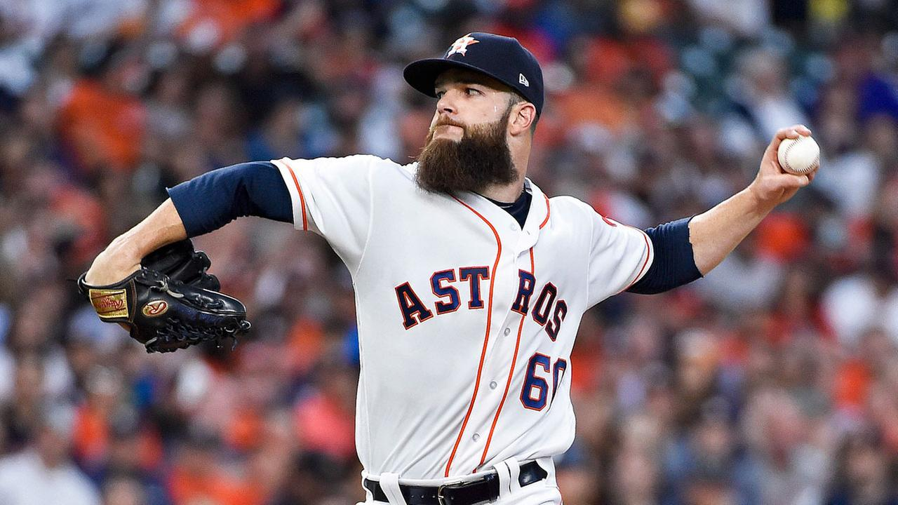 Houston Astros starting pitcher Dallas Keuchel delivers in the second inning of a baseball game against the Seattle Mariners, Monday, April 3, 2017, in Houston.AP Photo/Eric Christian Smith