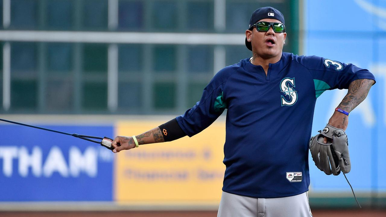 Seattle Mariners pitcher Felix Hernandez performs arm exercises before the teams baseball game against the Houston Astros, Tuesday, April 4, 2017, in Houston.AP Photo/Eric Christian Smith