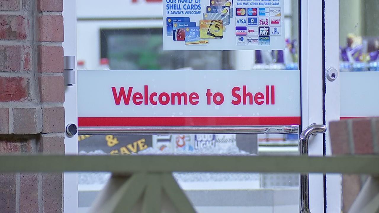 Sugar Land Shell gas station robbery