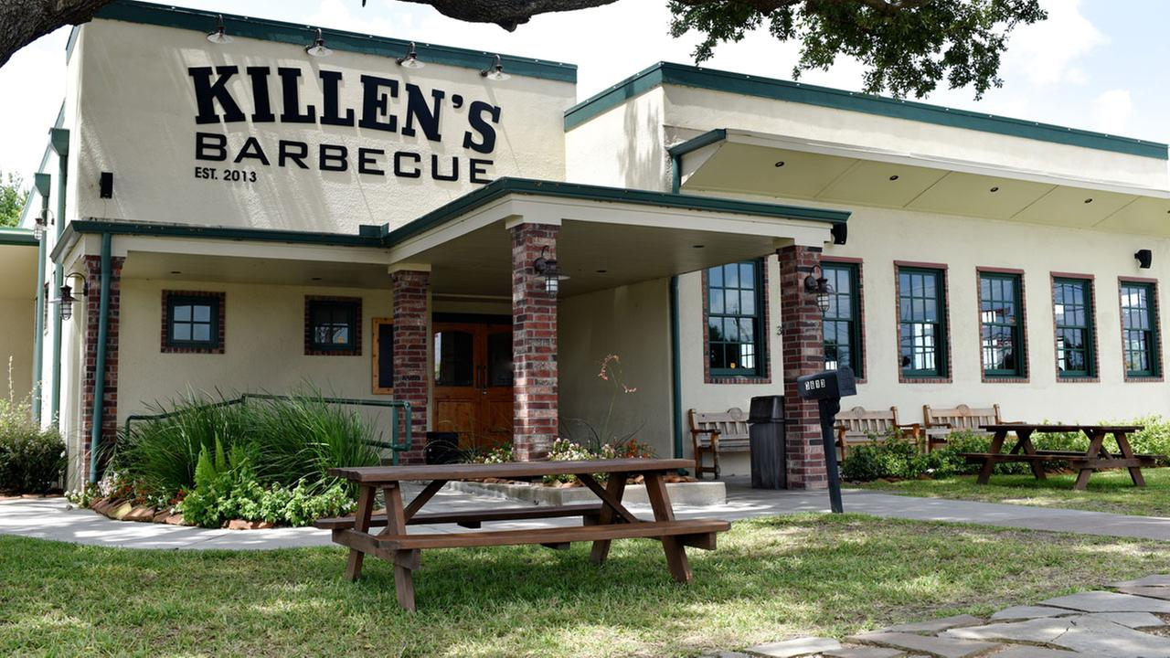 Check out these Houston area restaurants when looking to dine with your canine.Sabrina Miskelly