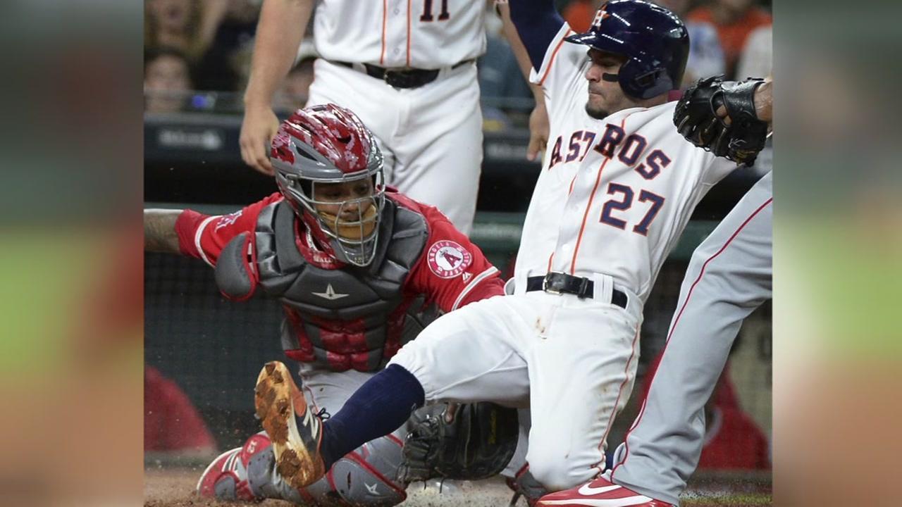 Keuchel, Reddick lead Astros to 5-1 win over Angels