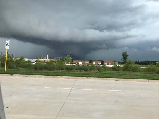 Weather For Livingston Texas : Small tornado damages Livingston business  abc13.com
