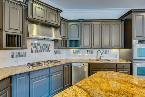 """<div class=""""meta image-caption""""><div class=""""origin-logo origin-image none""""><span>none</span></div><span class=""""caption-text"""">This 5-bedroom house located in Friendswood, TX is a Star Trek lover's dream home. It's currently on the market for 1.2 million. (PHOTO/David W. Payne Photography)</span></div>"""