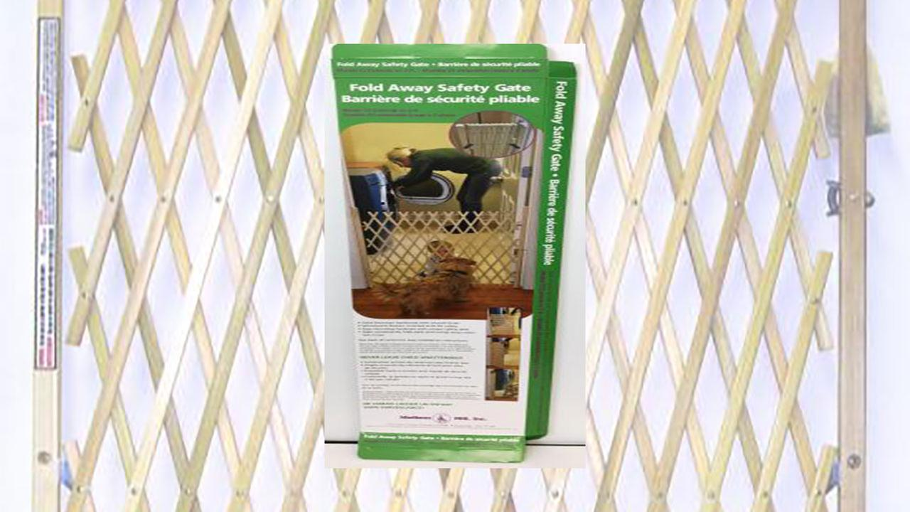 Madison Mill recalls retractable safety gate over strangulation concerns.