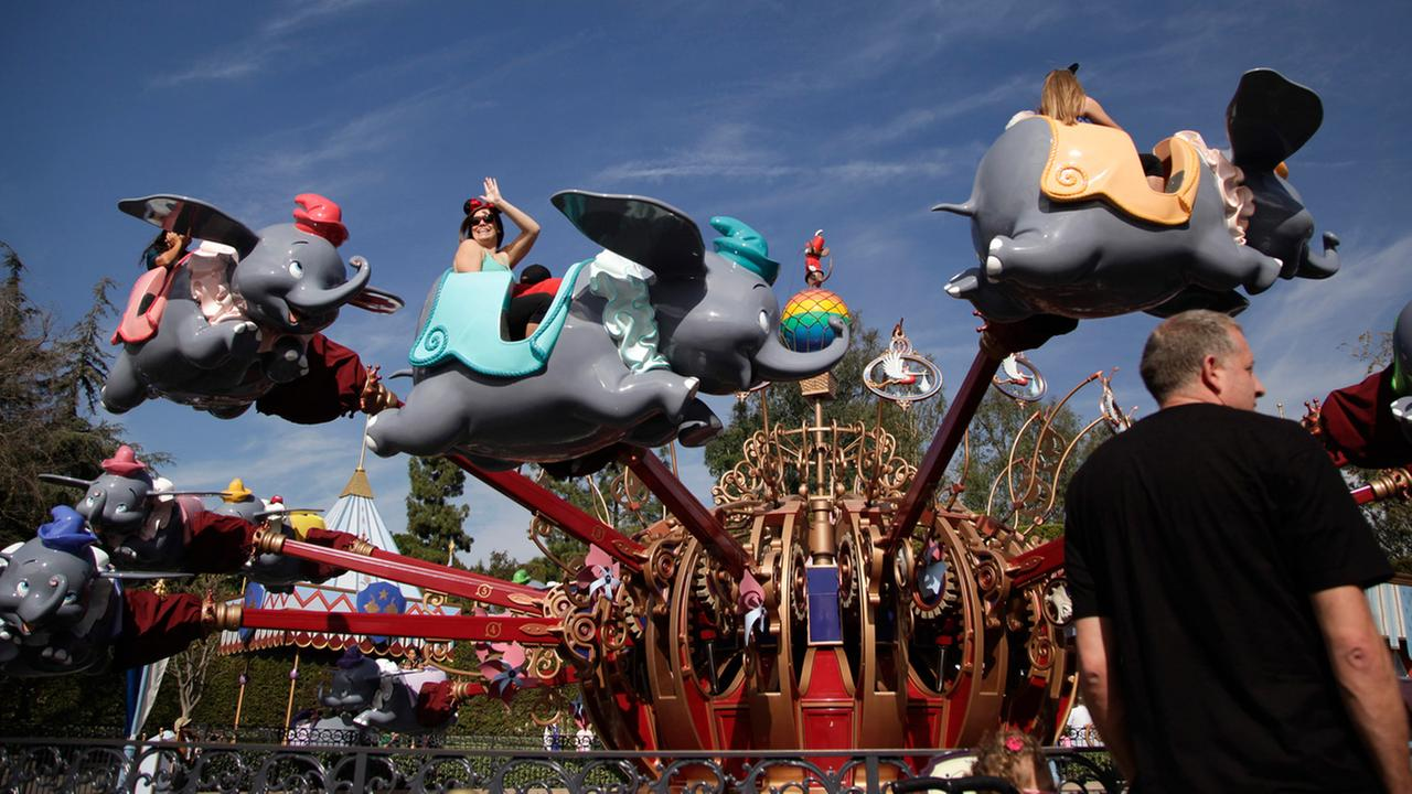 Legionnaires' disease outbreak at Disneyland sickens nine visitors