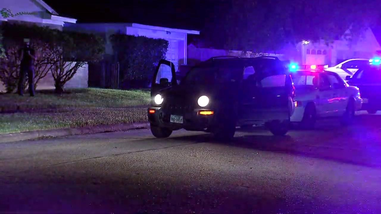 Two arrested after chase ends in SW Houston.