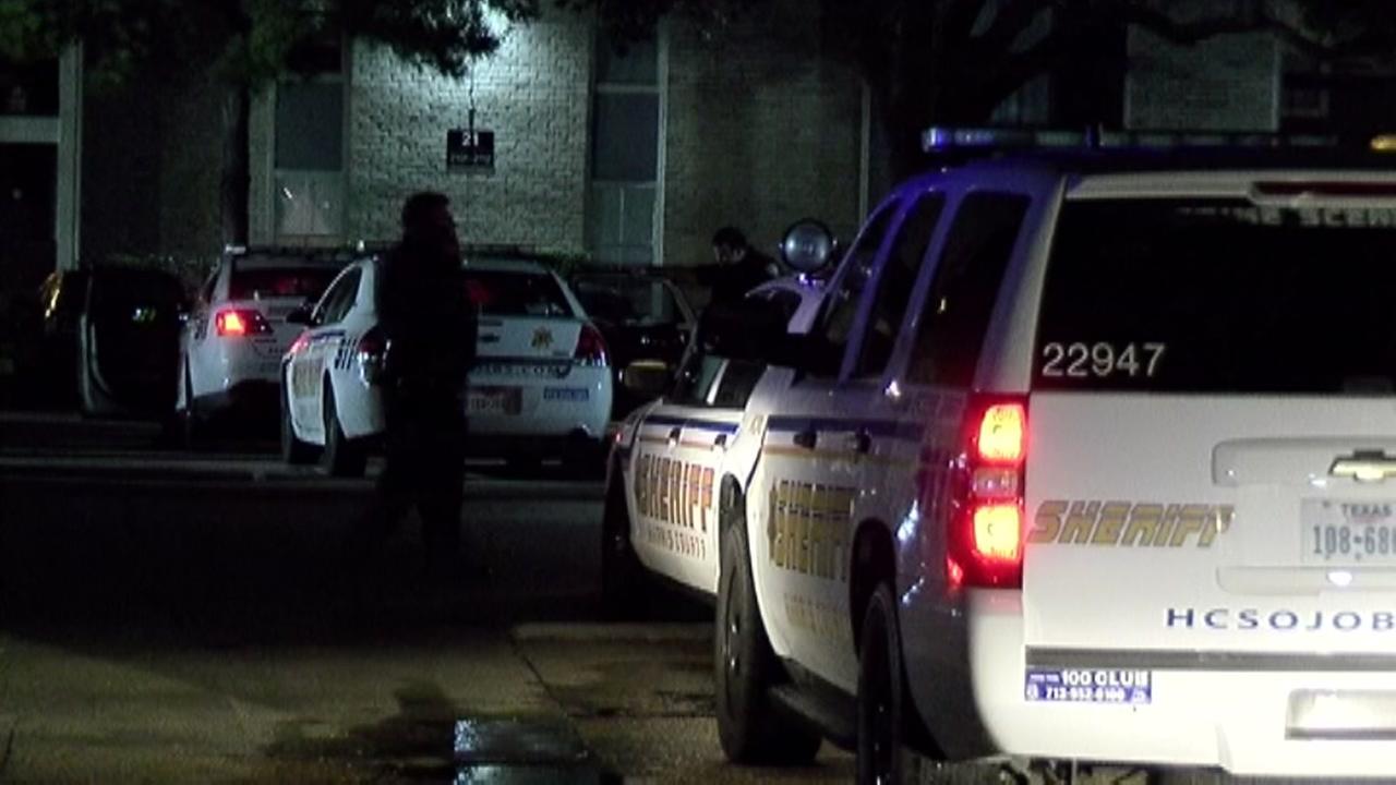 Deputies investigate double homicide in northwest Harris Co.