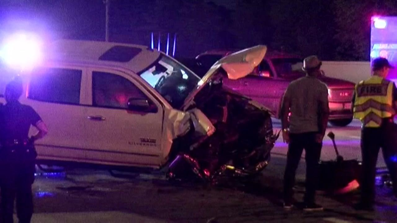 One person killed in crash on the West Loop.