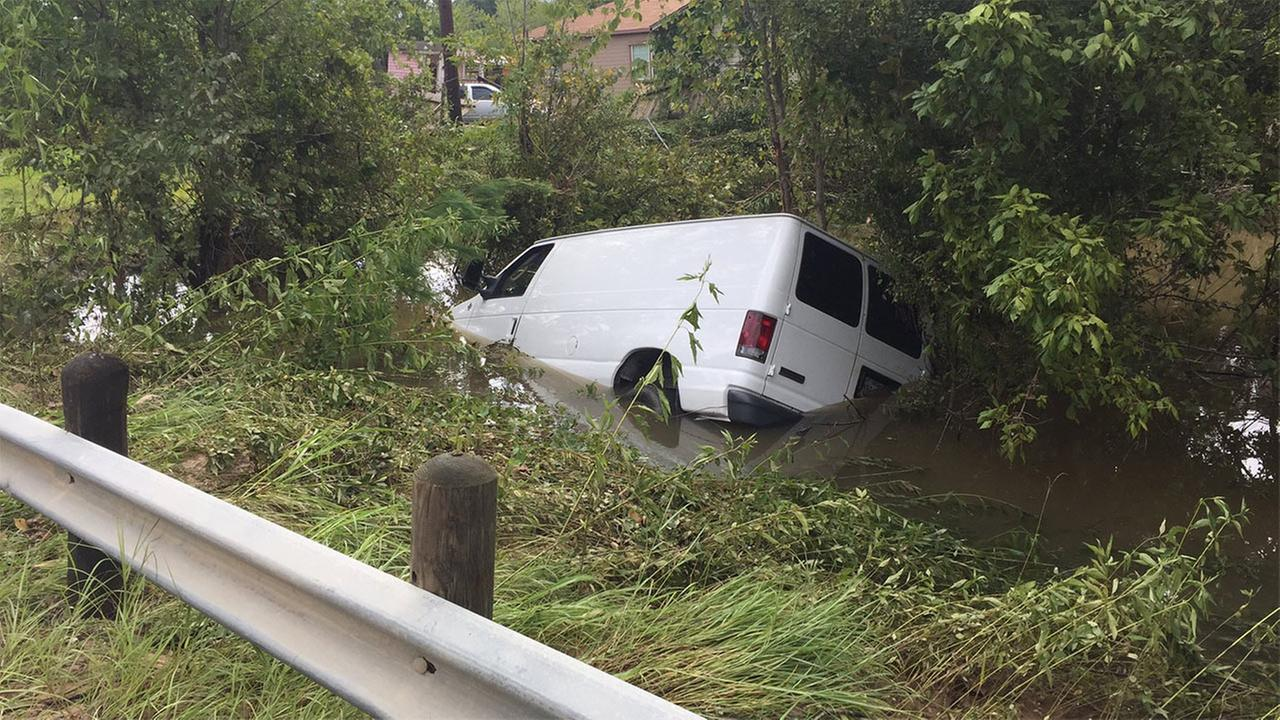 Police find van swept away in Houston flood 6 feared dead