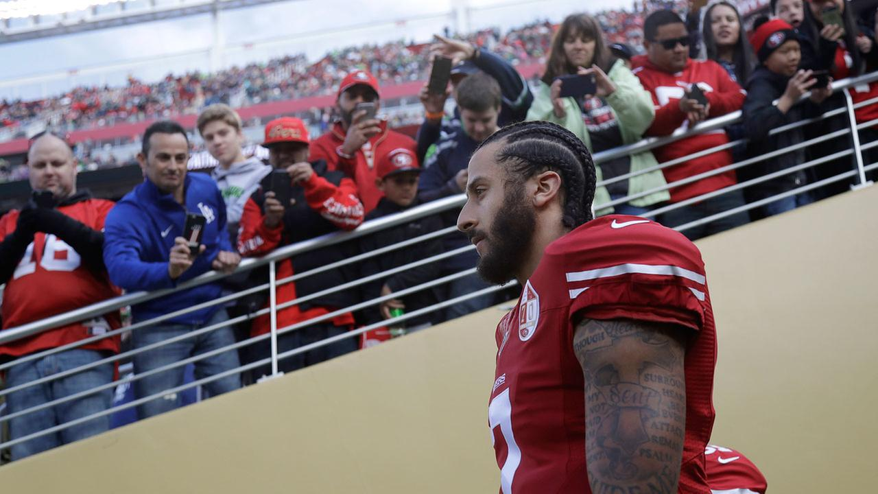 San Francisco 49ers quarterback Colin Kaepernick (7) walks out of a tunnel before an NFL football game against the Seattle Seahawks in Santa Clara, Calif., Sunday, Jan. 1, 2017.