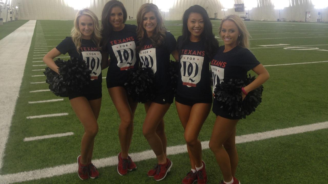 Texans cheerleaders practice to get ready for game day