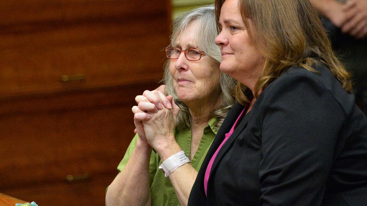 Susan Mellen, left, sits with her attorney Deirdre OConnor, as she is exonerated of murder by Superior Court Judge Mark Arnold in Torrance, Calif., Friday, Oct. 10, 2014