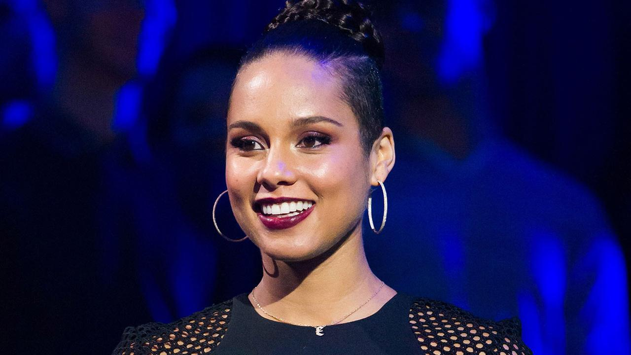 Alicia Keys appears on VH1 You Oughta Know Live In Concert at The Hammerstein Ballroom on Thursday, Nov. 13, 2014, in New York.