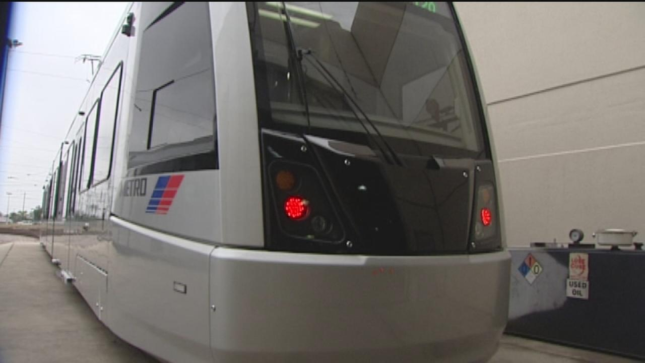Car rail delays could impact METRO services