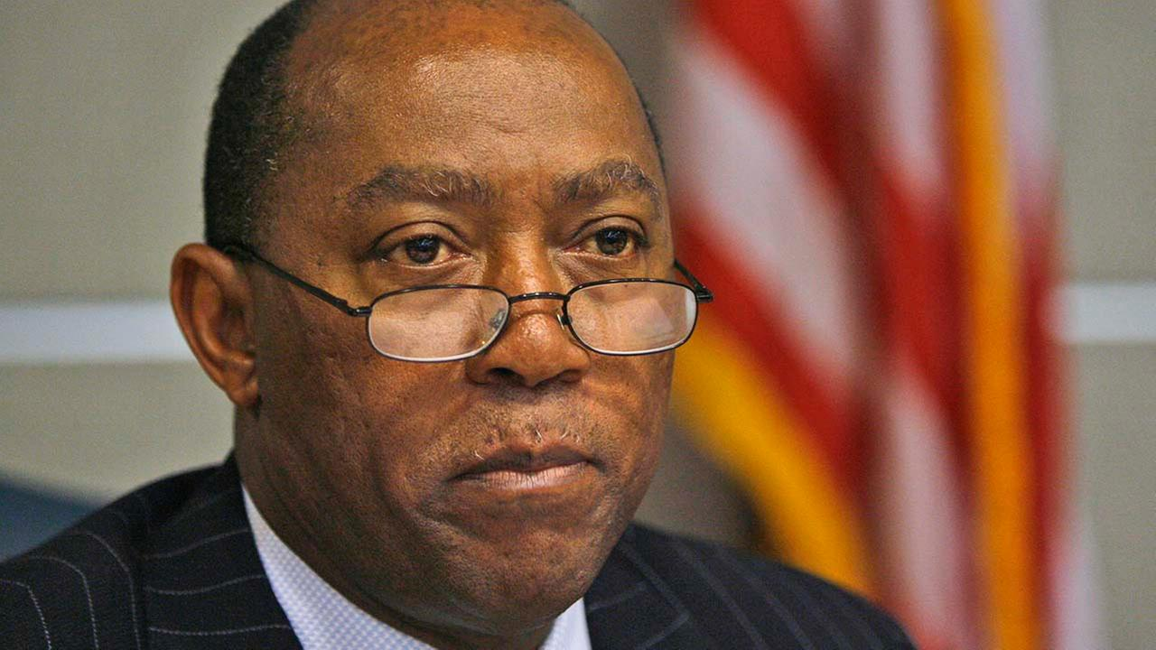 Rep. Sylvester Turner, D-Houston, listens to testimony during a hearing held by the House Committee on Regulated Industries, Tuesday, Feb. 27, 2007, in Austin, Texas