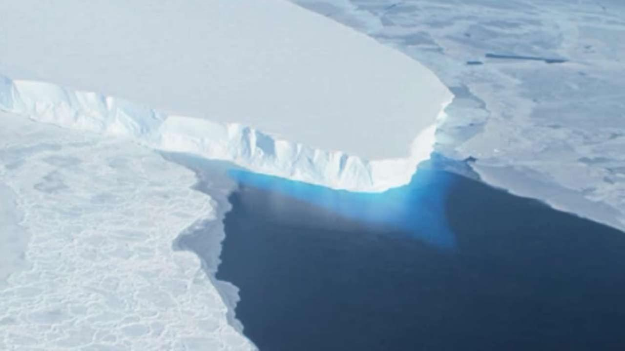 Antarctic ice sheet melt