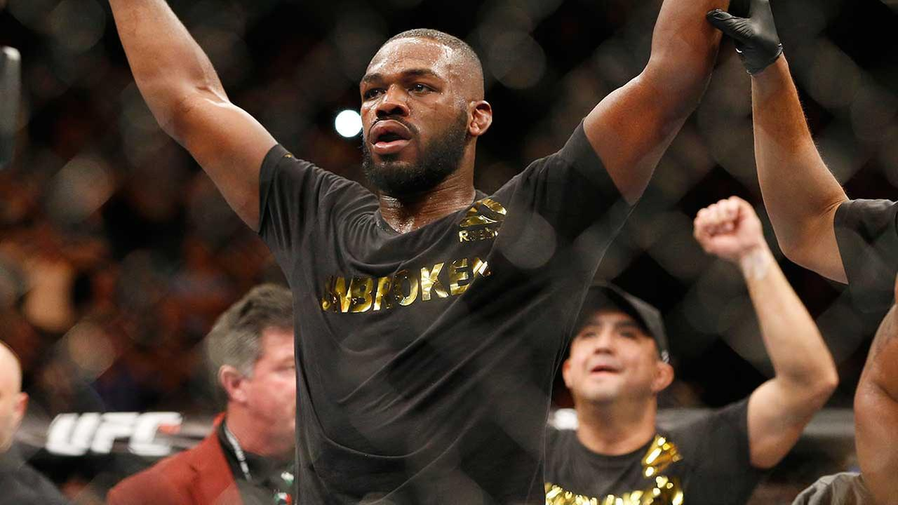 Police want to talk to UFC fighter Jon Jones following a hit and run in New Mexico