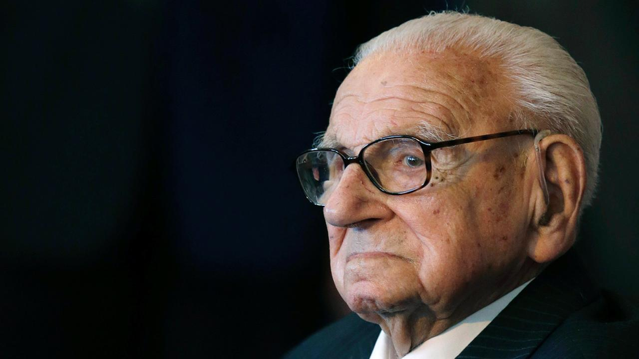 Nicholas Winton AP Photo/Petr David Josek