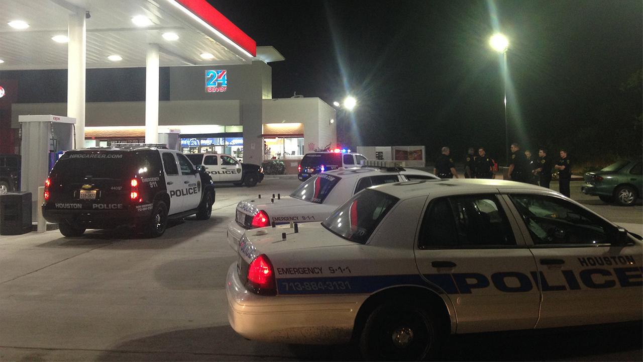 Store robbery scene