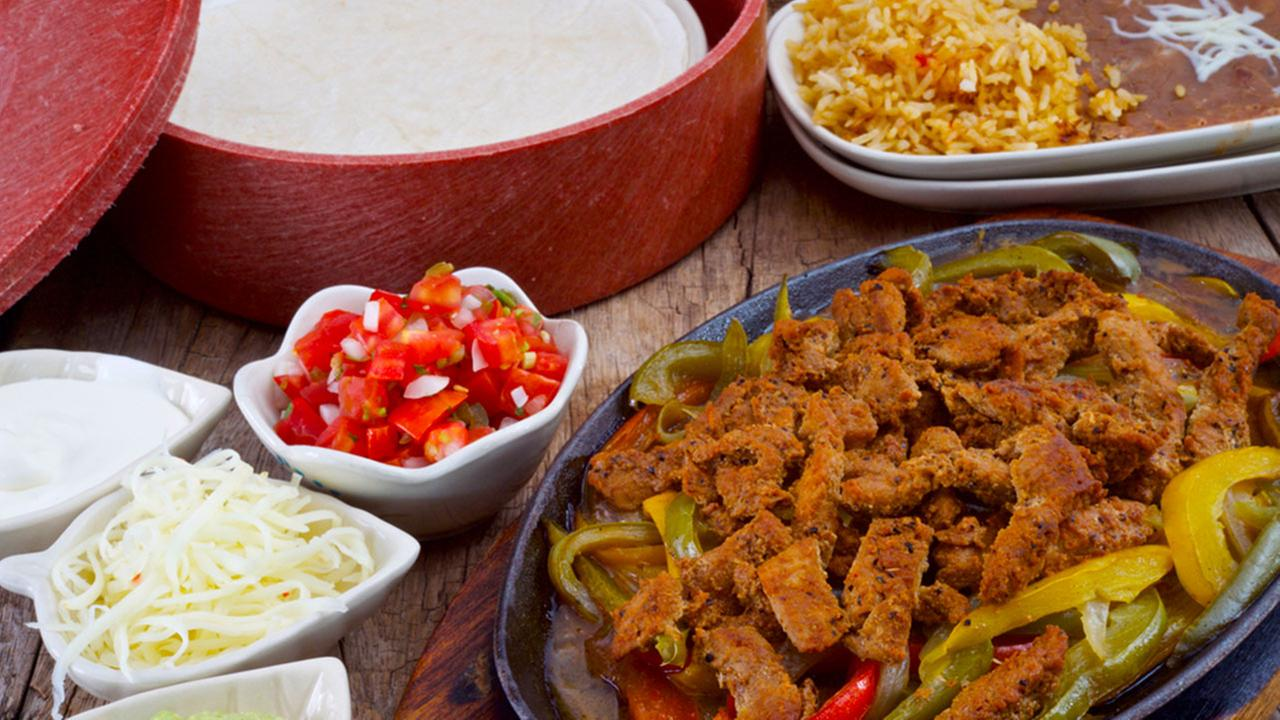 Fajitas with sides