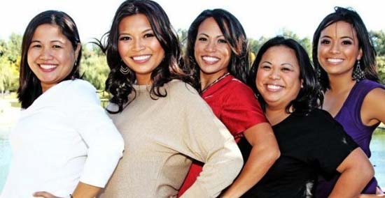 "<div class=""meta image-caption""><div class=""origin-logo origin-image none""><span>none</span></div><span class=""caption-text"">Elita Loresca and her sisters</span></div>"