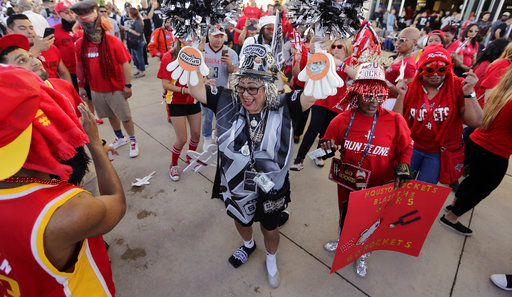 "<div class=""meta image-caption""><div class=""origin-logo origin-image ap""><span>AP</span></div><span class=""caption-text"">San Antonio Spurs fan Sovia Lauflano, center, dances with Houston Rockets fan Barbara Myers, center right, and other fans Monday, May 1, 2017, in San Antonio. (AP Photo/Eric Gay) (AP)</span></div>"