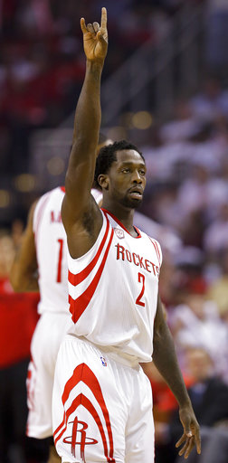 "<div class=""meta image-caption""><div class=""origin-logo origin-image ap""><span>AP</span></div><span class=""caption-text"">Houston Rockets guard Patrick Beverley (2) reacts after making a three-point basket during Game 3, Friday, May 5, 2017, in Houston. (AP Photo/Eric Christian Smith) (AP)</span></div>"