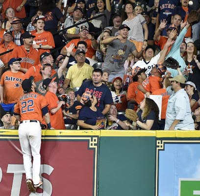 "<div class=""meta image-caption""><div class=""origin-logo origin-image ap""><span>AP</span></div><span class=""caption-text"">Houston Astros right fielder Josh Reddick (22) watches the solo home run of Cleveland Indians' Jason Kipnis. (AP Photo/Eric Christian Smith) (AP)</span></div>"